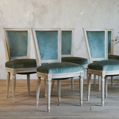 Teal blue velvet dining chairs home pinterest for Dining room velvet chairs