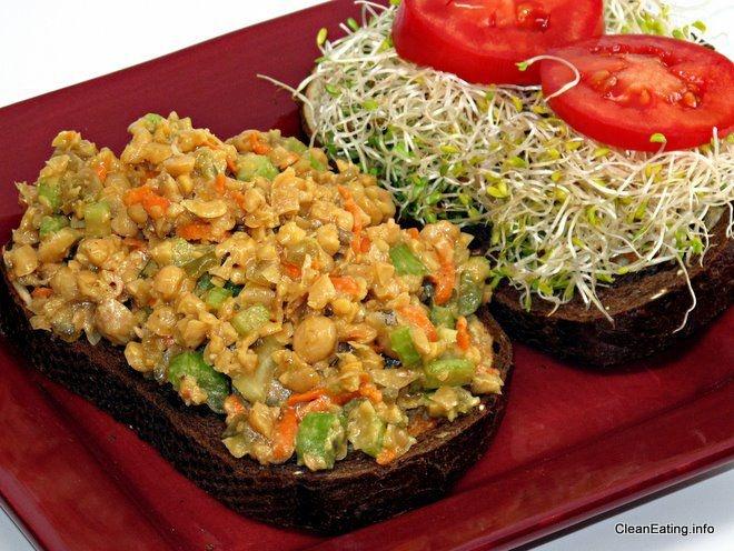 vegan tuna salad | om nom nom | Pinterest
