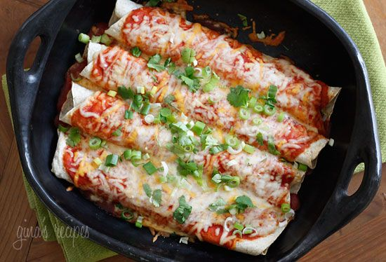 Cheesy Zucchini Enchiladas - These cheesy meatless enchiladas are delicious, packed with fiber so they are filling and easy to make – vegetarian or not. Perfect topped with chopped cilantro, scallions or jalapeños and some low fat sour cream. #vegetarian 7 points+