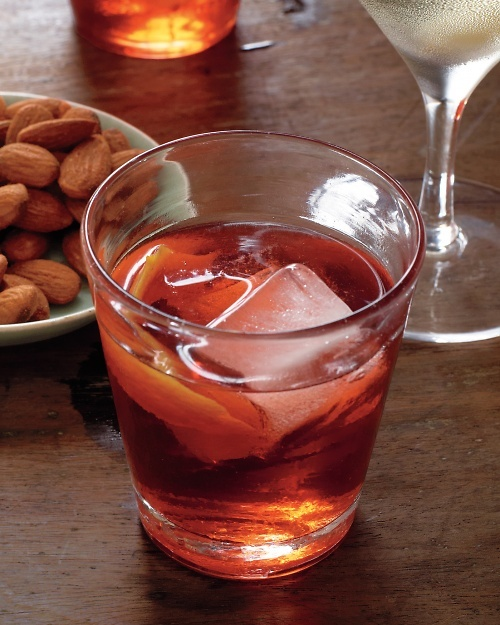 Serve Negronis with holiday appetizers #Thanksgiving #Christmas # ...