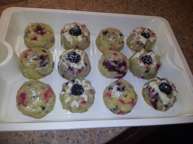 Sour-Cream Mini fruit cakes, filled with white chocolate Mousse....