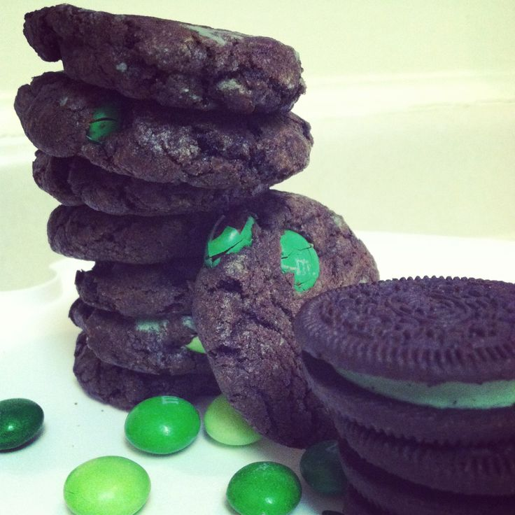 chocolate mint oreo & m cookies | CHRISTMAS | Pinterest