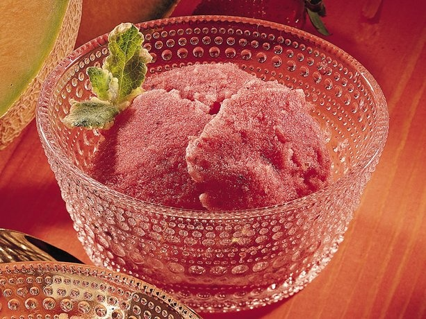 Honey Sorbet http://www.livebetteramerica.com/recipes/strawberry-honey ...