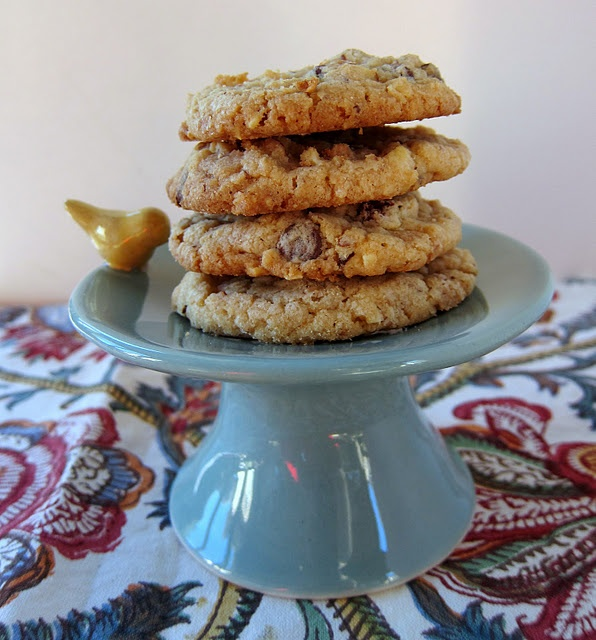 Almond toffee chocolate chip cookies | Chef GIRLyardee :) | Pinterest