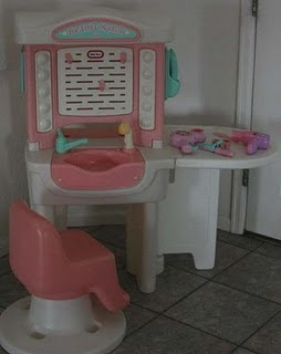 I need this for Madison or in my shop for the little girls to play with!