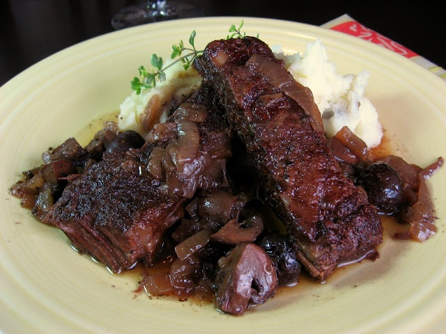 Italian Braised Short Ribs in Red Wine - had these last night, very ...