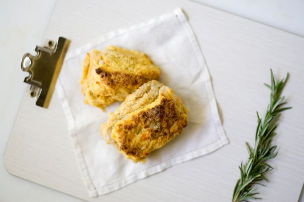 Sweet potato Biscuits with blue cheese and rosemary