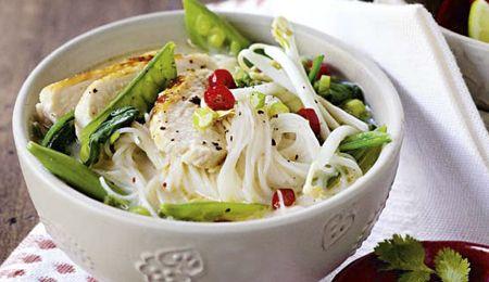 Vietnamese coconut and noodle soup | fud | Pinterest