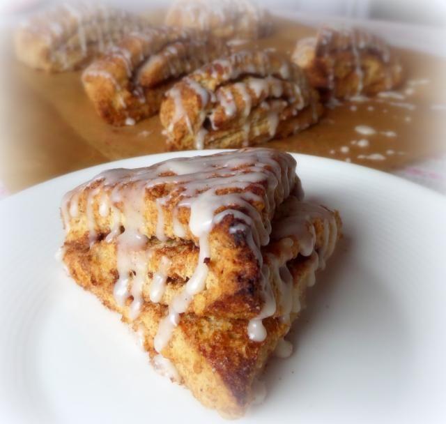 Cinnamon roll scones | Trying soon | Pinterest
