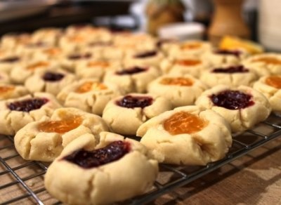 Vegan Raspberry/Apricot Shortbread Thumbprint Cookies by Serenity in ...