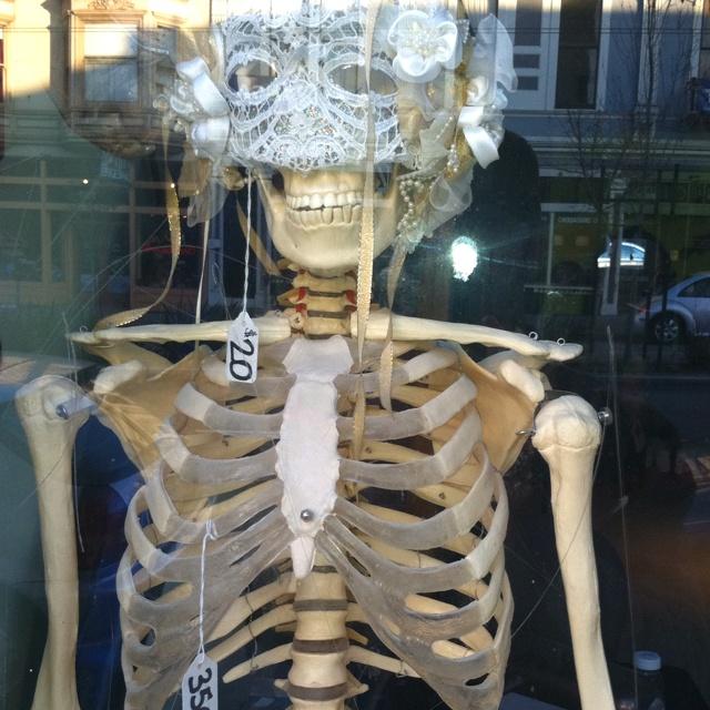 Masqerading & Bones