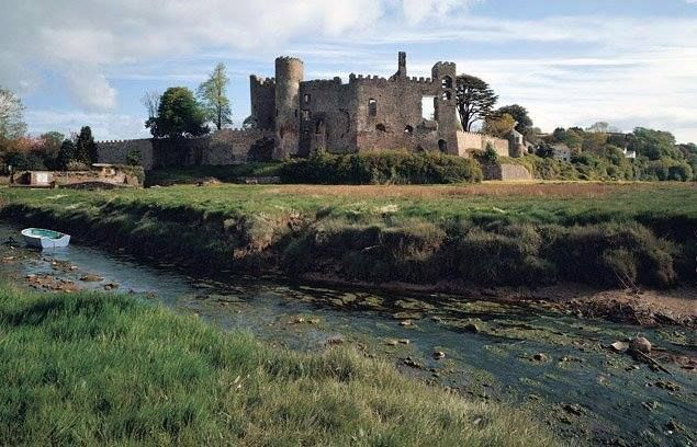 Laugharne United Kingdom  City new picture : Laugharne Castle | ♔ Cymru Wales | Pinterest
