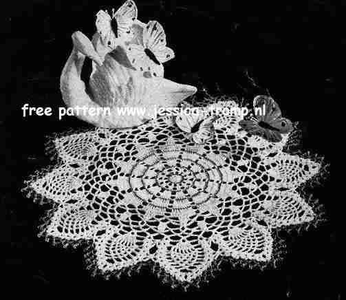 Free Crochet Swan Doily Pattern : Swan Doily free vintage crochet doilies patterns Vintage ...