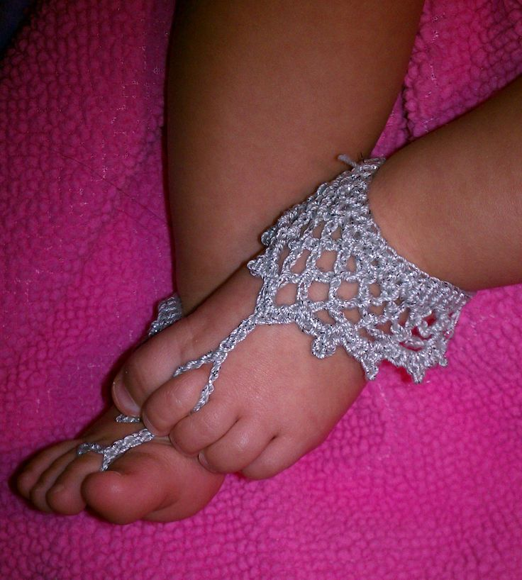 Crochet Pattern For Baby Barefoot Sandals : crochet baby barefoot sandals PDF PATTERN 02