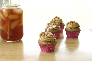 Sweet Tea Cupcakes with Raspberry-Lemon Iced Tea frosting