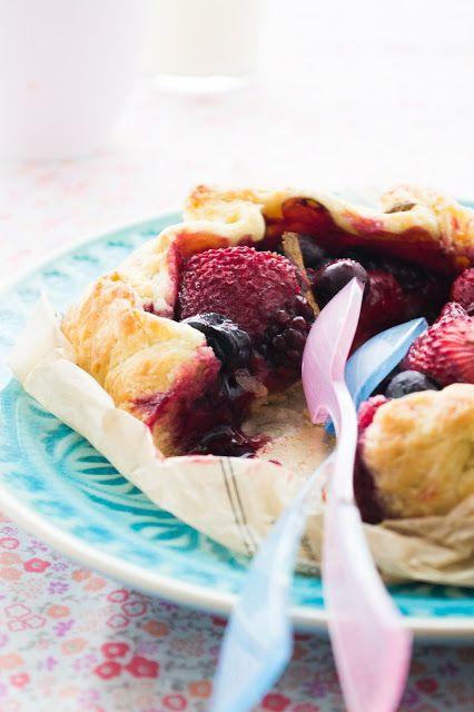 Mixed berry galette | Splendiferous Sugary Selections | Pinterest