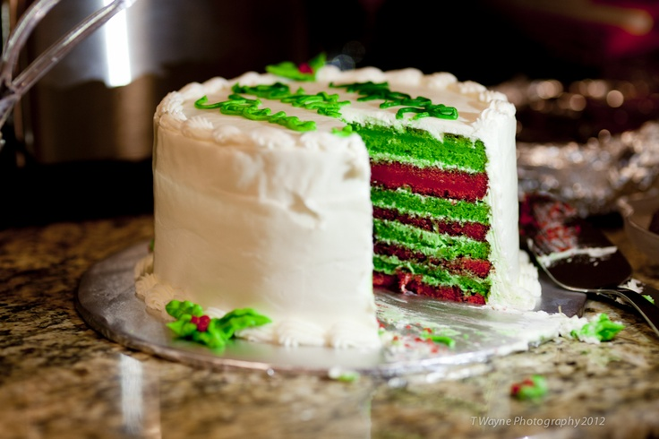 com green velvet cheesecake cake www somethingswanky com green velvet ...