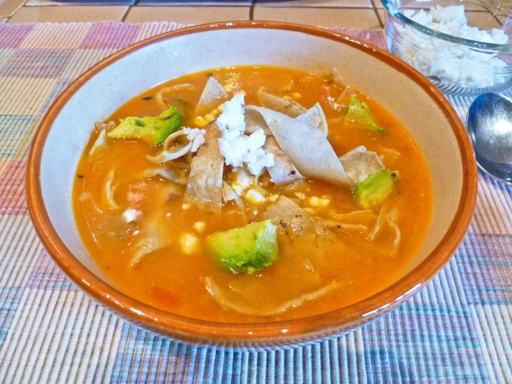 ... Tortilla Soup www.hungryandconfused.com/2013/07/mexican-tortilla-soup