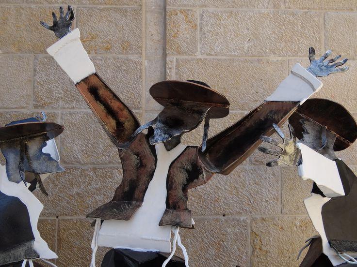 Fot. Grażyna Banaszkiewicz, Jerozolima , Fragment rzeźby w Pasażu Mamilla.
