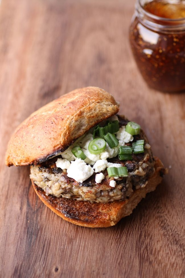 Homemade veggie burger with fig jam | Wholesome goodness | Pinterest