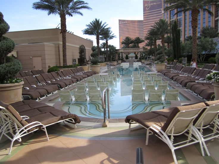 palazzo vegas pool