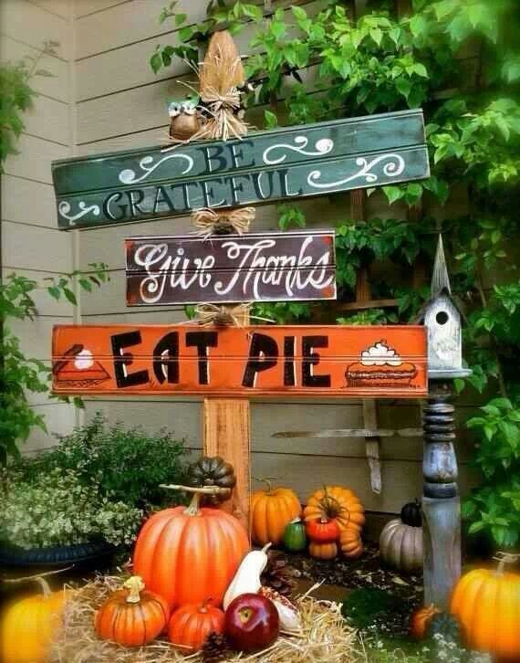 Cute thanksgiving decor for outside holidays pinterest How to decorate your house for thanksgiving