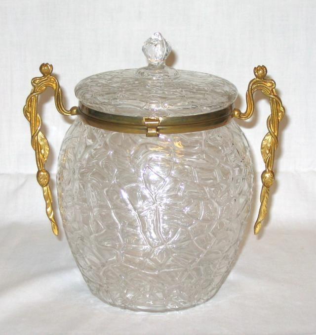 Югендстиля Loetz Biscuit Barrel золоченой бронзой Монтаж в.  Предварительно 1900, вероятно, 1897
