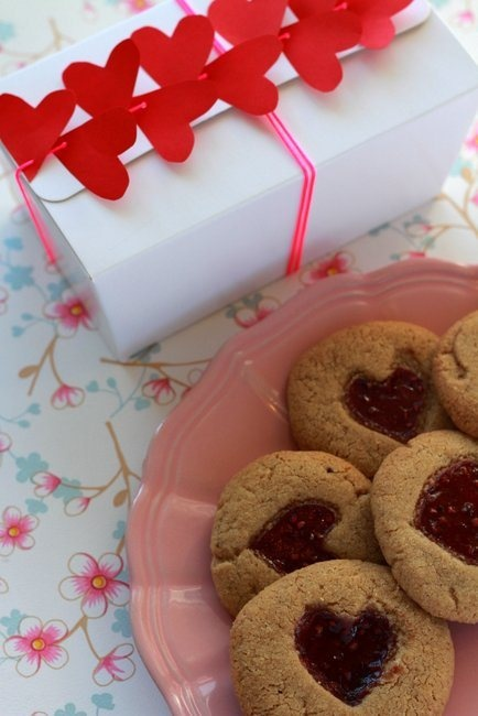 valentine's day chewy nutella sugar cookies