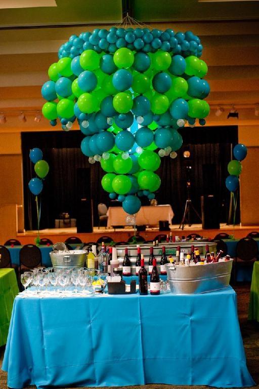 Balloon chandelier balloon ideas pinterest for Balloon decoration making