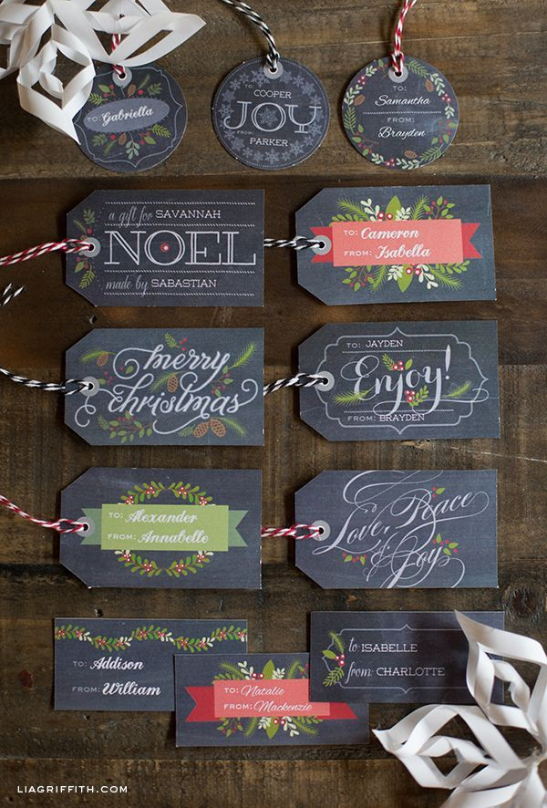 DIY - FREE download AND EDITABLE (with the names you choose) Chalkboard Christmas Gift  Tags!