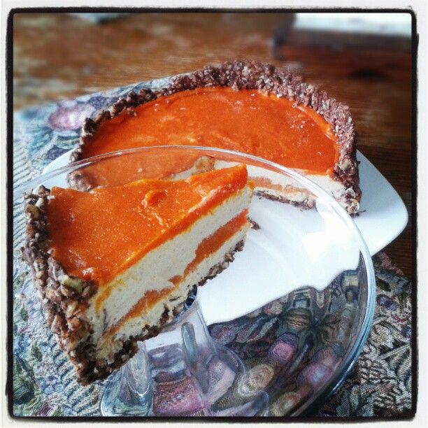 Raw Spiced Persimmon Cheeze-Cake | RAW FOOD ADVENTURES | Pinterest