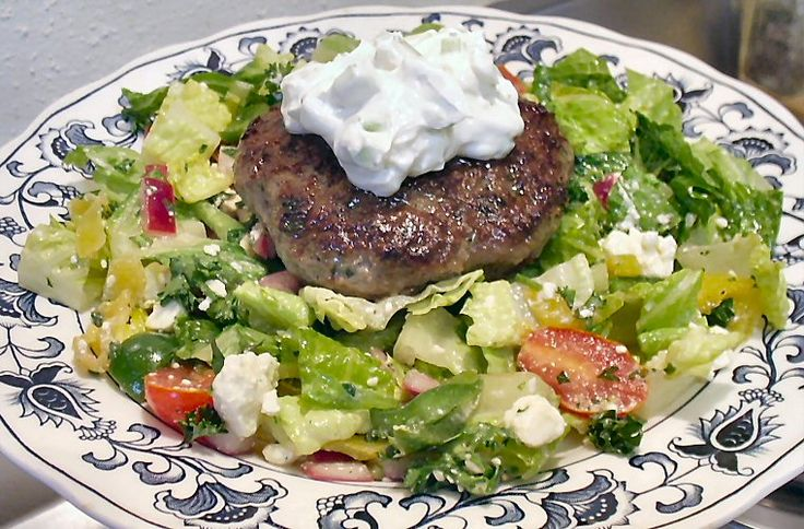 Rachael's Gyro Burgers with Greek Salad ~ Low Carb - 8g Net Carbs per ...