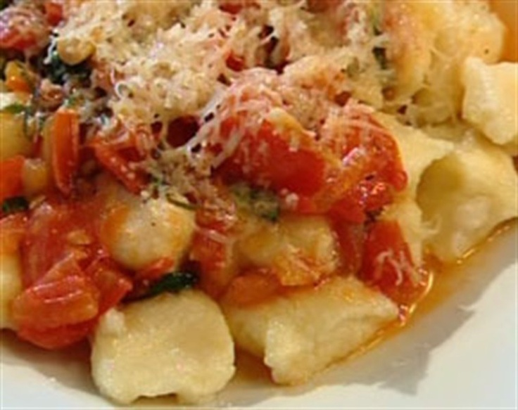 Neil Perry does it again! Potato Gnocchi with Tomato Sauce