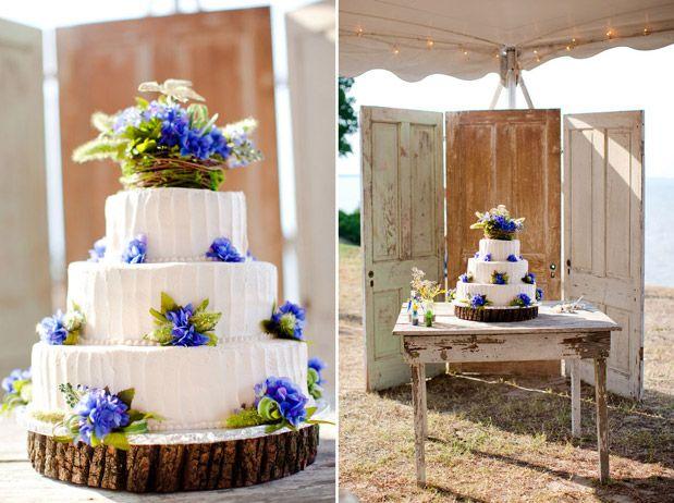 yellow_blue_country_farm_wedding cake barn wedding blog blue flowers rustic