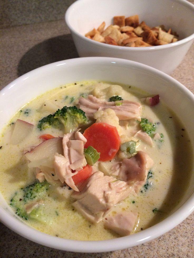 Skinny chicken pot pie soup | Crockpot & Soup | Pinterest