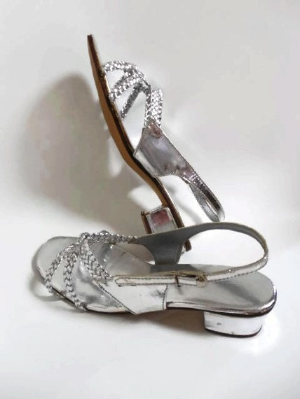 discount bags REDUCED Sears Dressy Silver Heeled Sandals
