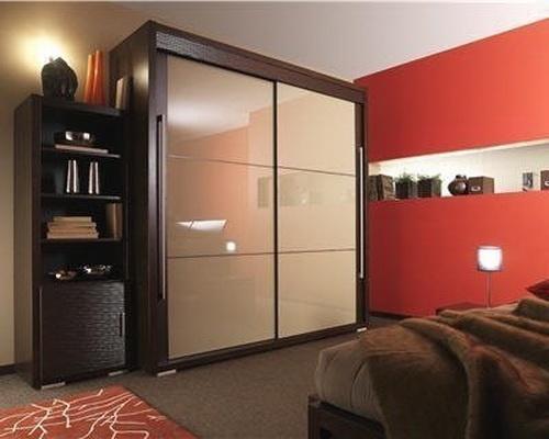 Dressing-Room-love the doors | idea's | Pinterest