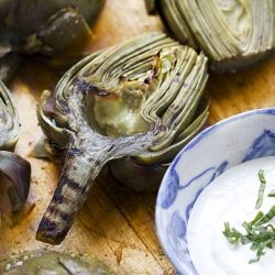 Grilled artichokes with lemon aioli: a great appetizer that can be ...