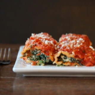 homemade spinach manicotti .... sooo yummy and easy to make!!