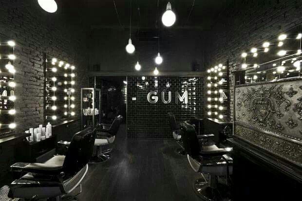 Barber Love : Love this italian barber shop Barber life Pinterest