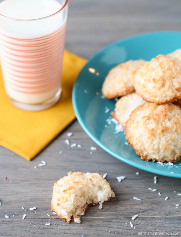 The ultimate coconut macaroon with a touch of cream cheese.