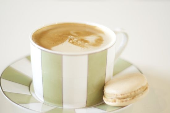 French Vanilla Latte + Vanilla Macaron | YUMMY | Pinterest