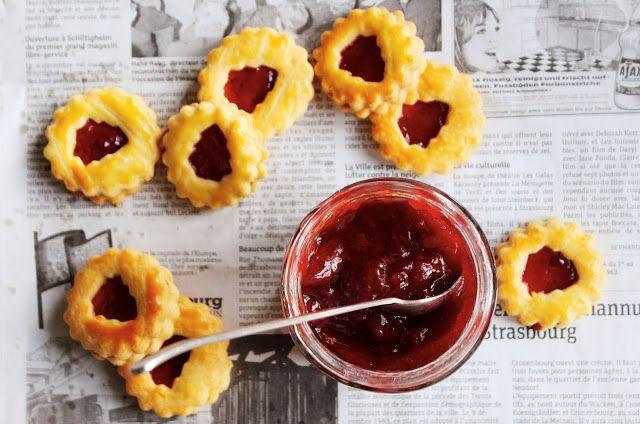 Linzer Augen : Sablés à la confiture   My Cookbook   Pinterest