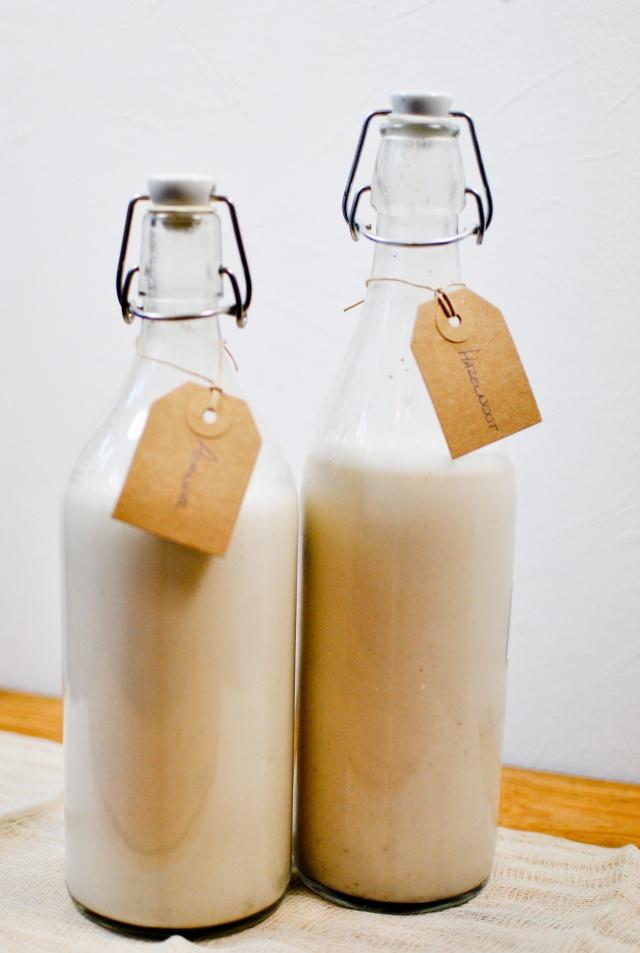 Homemade Almond & Hazelnut milk {vegan, raw, gluten-free}
