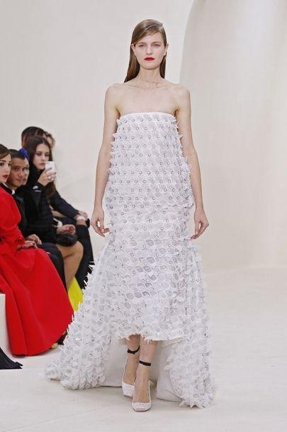 La robe de mariée sirène de Dior  fashion  Pinterest