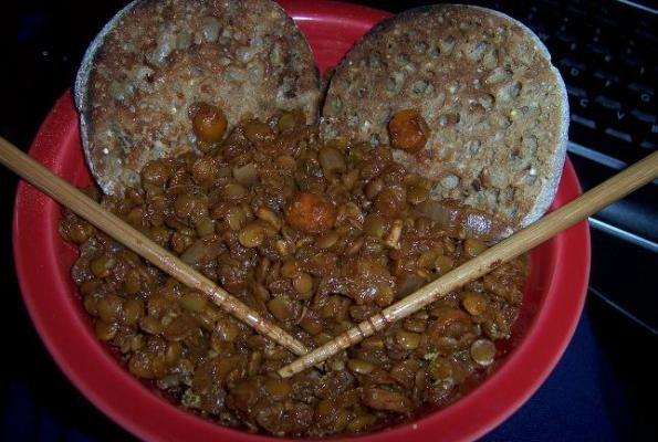 BBQ LENTILS: 1 tablespoon olive oil 1 cup chopped red onion 1 ...