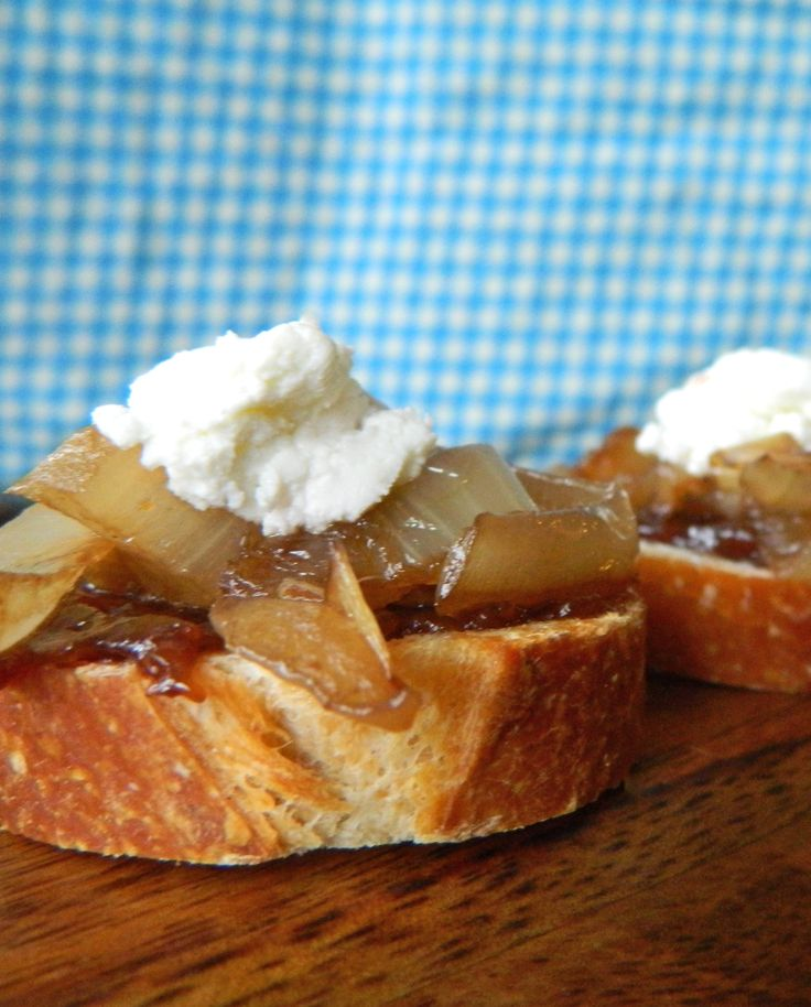 Caramelized Onion, Fig and Goat Cheese Crostini