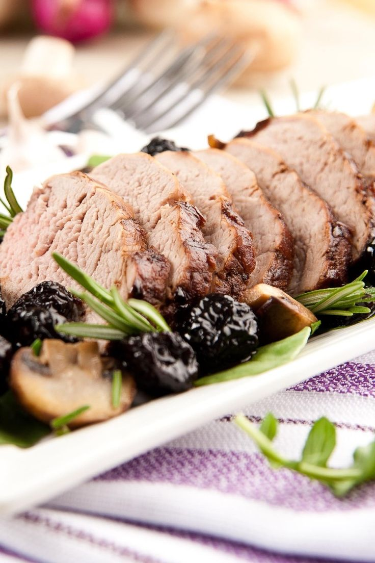 Pork Loin with Fig and Port Sauce | Food: Entrees Beef, Pork | Pinter ...