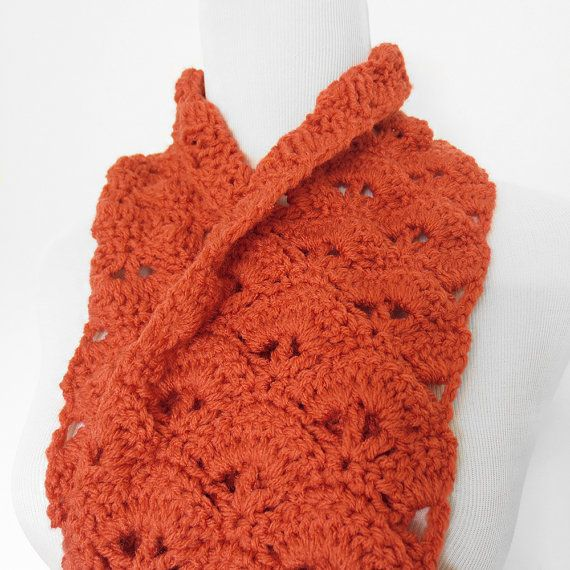 Crochet Kiss Stitch : Fan Stitch Infinity Scarf ? Three color options from Purple Kiss ...