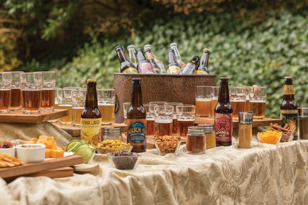 A marriage of microbrews and mixers makes a specialty bar that sparkles.